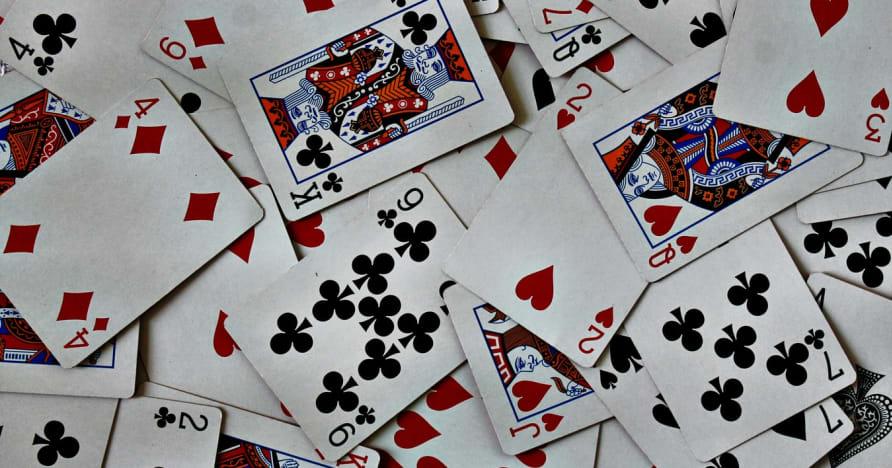 كيف قام Ed Thorp بتغيير حساب البطاقات في لعبة ورق على الإنترنت